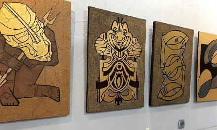 «КАРТИНЫ ДОЛЖНЫ ОТЛИЧАТЬСЯ ОТ ЗАБОРА», — говорит новороссийский художник Евгений Овчинников.
