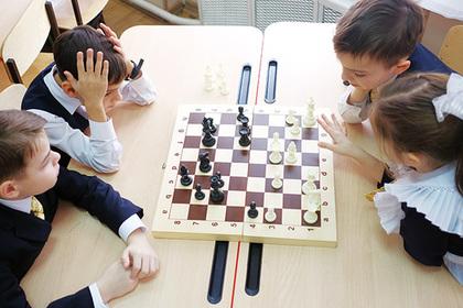 Школа превращается в шахматное королевство