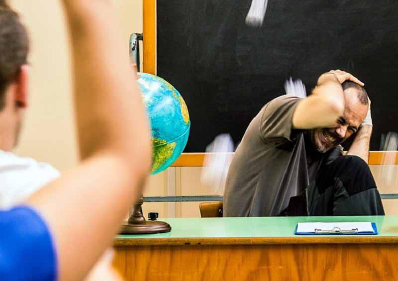 Как покончить с оскорблениями в школе?