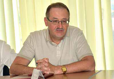 Виктор Пахомов презентовал мемуары